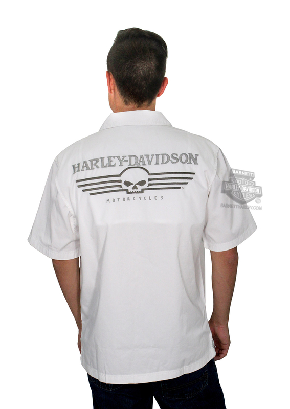 ** SIZE MEDIUM ONLY ** Harley-Davidson® *GMAR* Mens Performance Skull Garage White Cotton Blend Short Sleeve Woven Shirt *2DY*